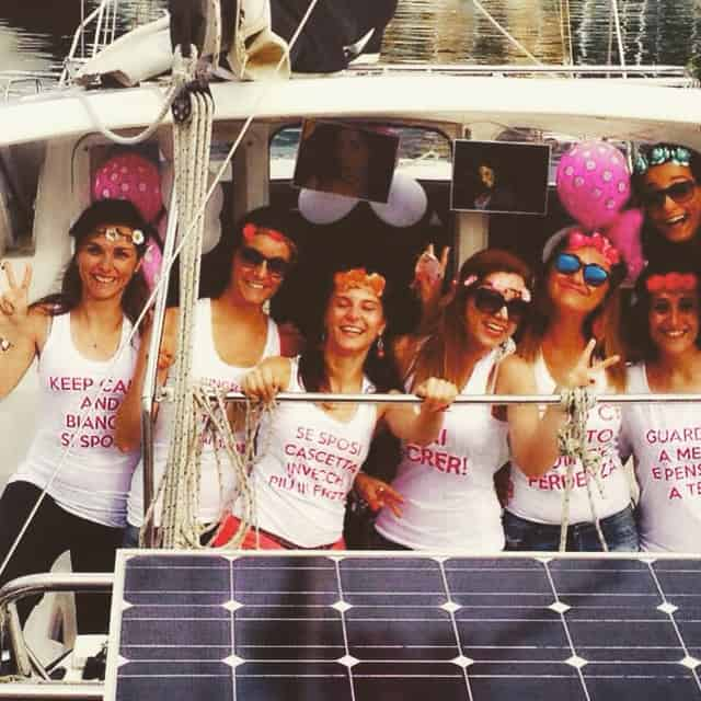 Bachelorette party sur un voilier - Vela Dream