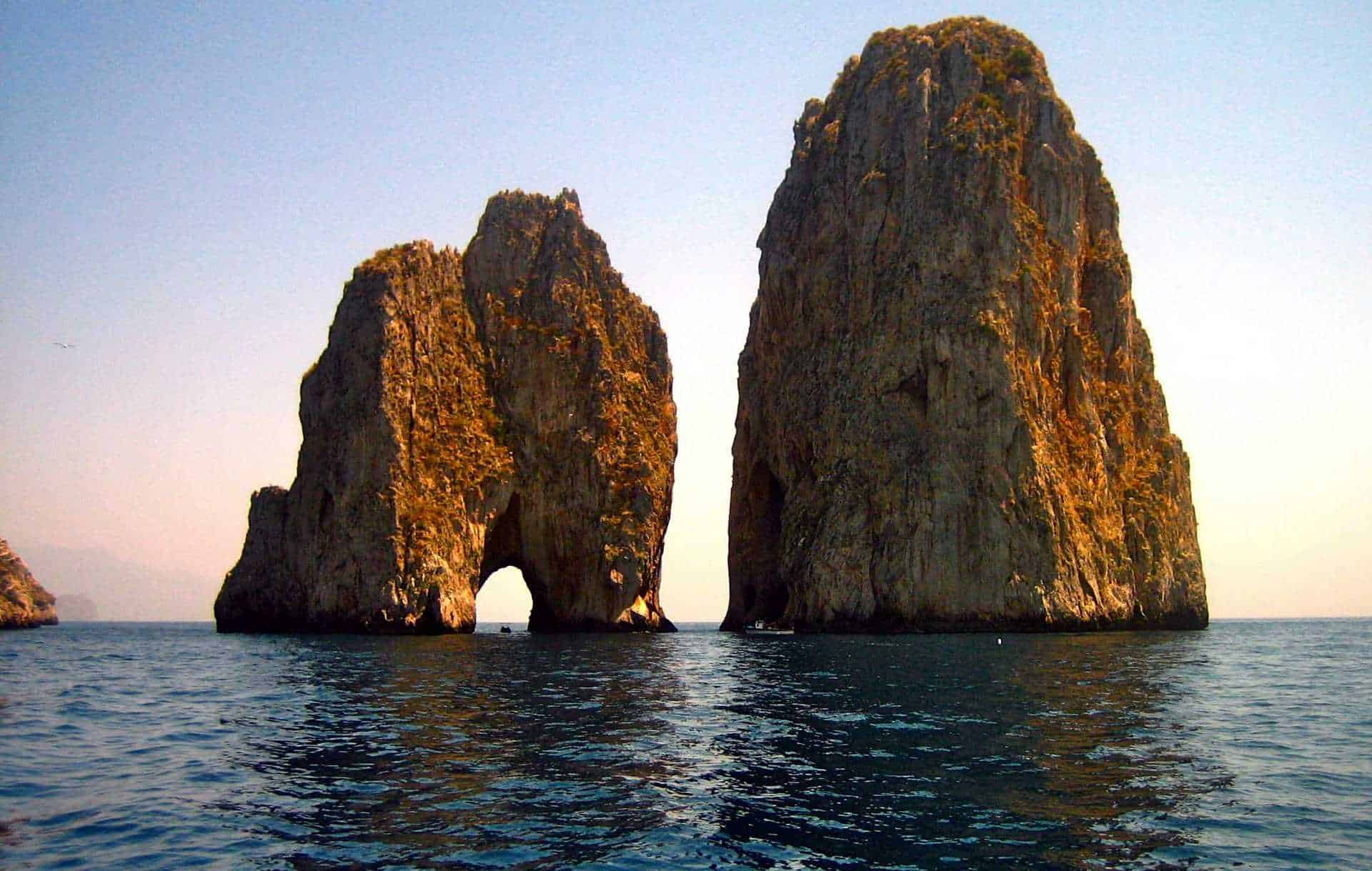 Cruise on the Amalfi Coast | Faraglioni of Capri - Vela Dream