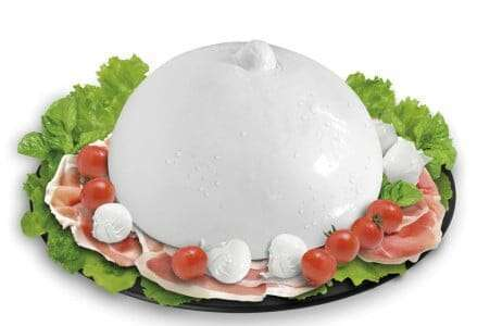Sailing and Mediterranean diet between sea and traditional cuisine | Buffalo mozzarella - Vela Dream